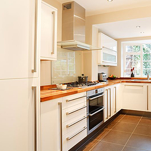 Landscapers ayrshire builders property maintenance for Bathroom design kilmarnock